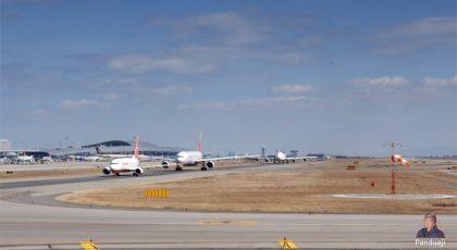 Antrian Pesawat di Bandara
